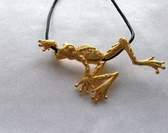 Vintage Gold Frog Necklace