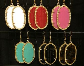 Sale!! MUST HAVE Gold Drop Earrings