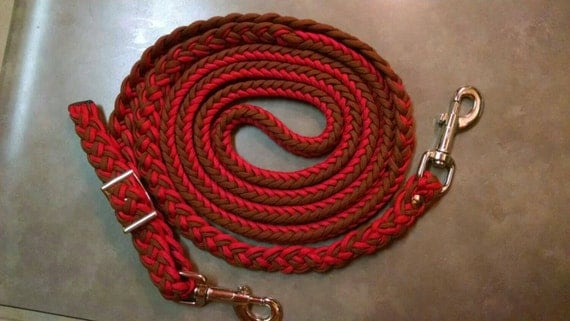 Horse Tack: Adjustable 9ft Paracord Barrel Reins, 8 strand round braid 550 paracord with bolt snaps