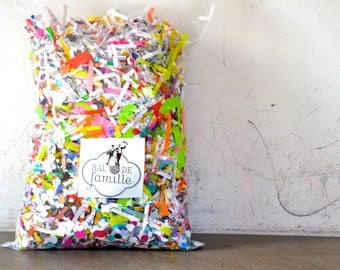 Bag of multicolored recycled confetti