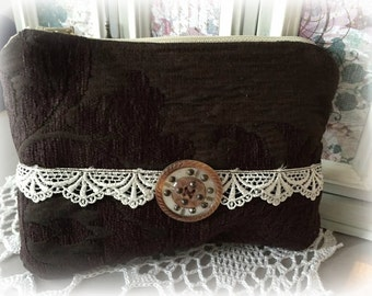 Vintage style Makeup or Cosmetic Bag