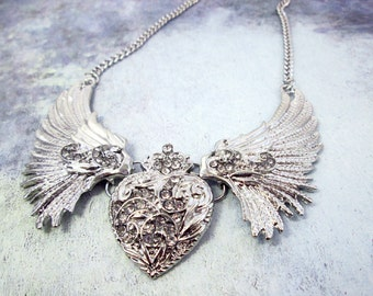 Vintage Silver Wings Heart Necklace Steampunk Fairy Wings Heart Necklace Large Bib Collar Necklace Statement Jewelry Wedding Bridal Necklace