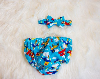 Baby boy airplane cake smash outfit- 1st Birthday Set, plane party, diaper cover and bow tie set, red blue yellow birthday, photo prop