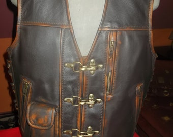 Biker vest.Handmade. Genuine leather-1,6mm-brown. Leather with abrasion effect.