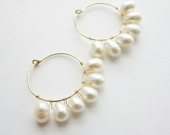 14k Gold filled Fresh water Pearls, Hoop Earrings, Goldfilled, Pearl Earrings, Beach Jewelry, Natural Stone, Bridesmaid Gift, Bridal jewerly