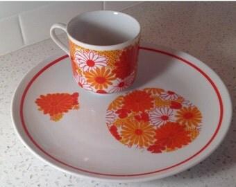 Mid Century Mod Snack Set