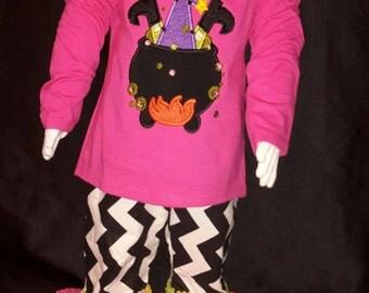Cute witch ruffle pants set