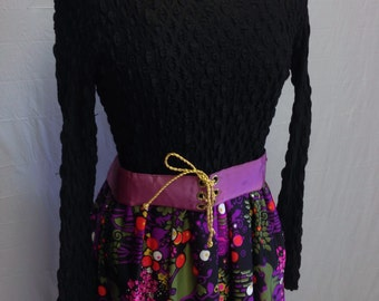 Vintage Black and Purple Patterned Dress