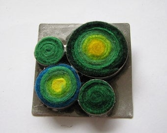 Square brooch with felt