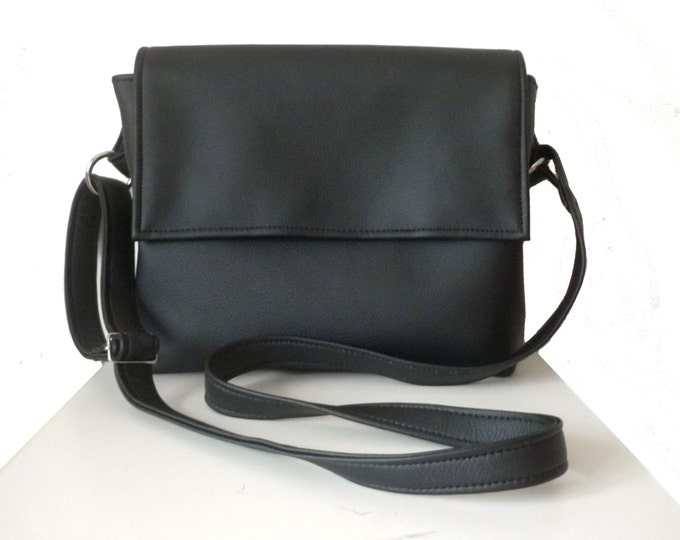 Vegan Leather bag /Shoulder bag /Crossbody bag /Black leather crossbody /Medium crossbody