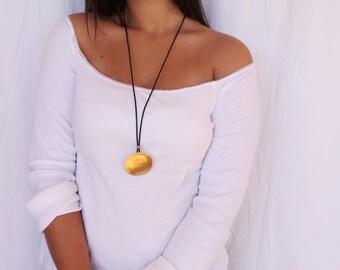 Leather Pendant Necklace, Long Pendant Necklace, Leather Pendant Jewelry, Leather&Gold, Black Leather Necklace, Statement Necklace Gold
