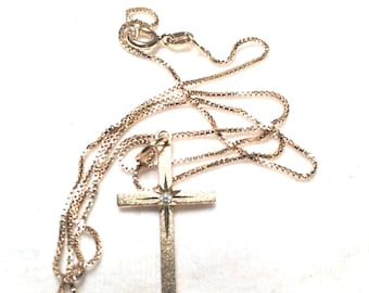 925 sterling silver necklace with cross pendant