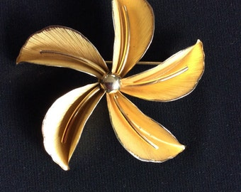 Sterling flower brooch bond bond Sterling