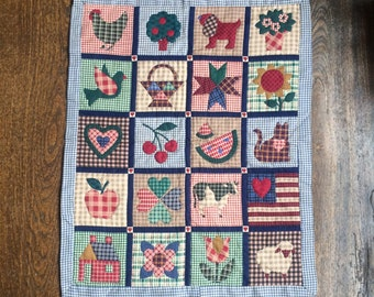 """Vintage Patchwork Placemat, Tray Cloth or Dolls Quilt 20.5"""" x 26"""" Farmyard Theme"""