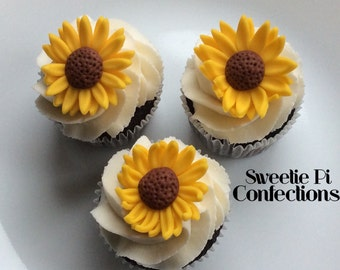 Sunflower cupcake toppers / fondant cake decorations / fondant flowers / edible flowers / edible cupcake toppers