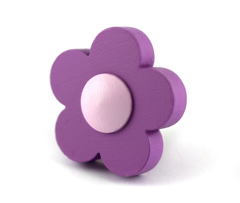 Kids drawer knobs wood drawer pulls flower by rainbownursery for Children s bureau knobs