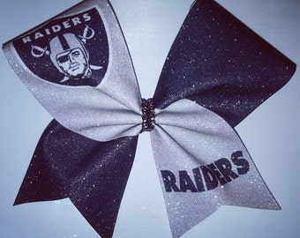 RAIDERS CHEER BOW