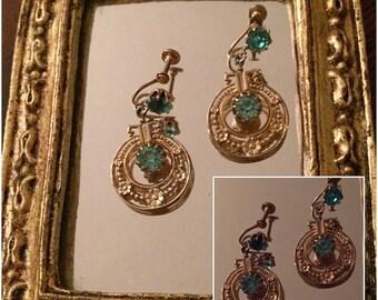 Vintage Beautiful Goldtone Dangle Earrings with Turquoise Rhinestones