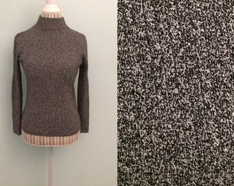 Vtg 90's black + white sweater / women's small