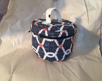 Circular Travel Cosmetics Case - Blue Ropes and Anchors