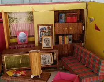 1962 Barbie Dream House and Furniture