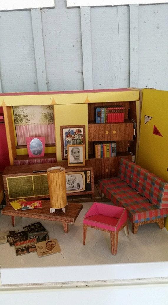 1962 Barbie Dream House And Furniture