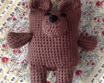 Crochet bear, brown. Measures 7 1/5 x 7 inches.