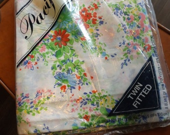 Pacific Brand floral twin fitted floral sheets