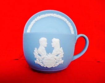 1986 Royal Wedding WEDGWOOD JASPERWARE Cup & Saucer White on Pale Blue Vintage Collectible
