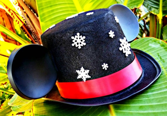 Mickey Holiday Hat, mickey christmas hat, disney holiday hat, custom hat
