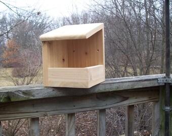 Robins nesting shelf