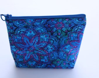 Blue Floral Zippered Accessory Bag Pouch Purse