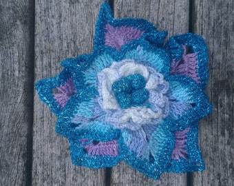 Fine crochet cotton flower broaches