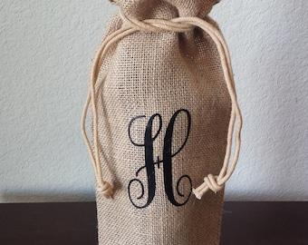 Personalized Wine Tote | Jute Burlap Wine Tote | Custom Initial Gift | Birthday Gift | Wine Gift | Wine Bottle Holder | Wedding Party Gift