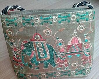 Handmade Multiple color handbag/purse with zipper (Thai Elephant)