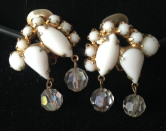 Vintage White Milk Glass and Crystal Bead Earrings 0369