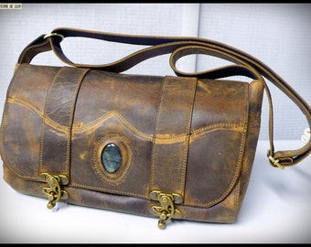 """Small Leather Satchel Idily """"pull up"""" set with a Jaspe Mariam"""