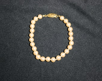 Vintage Pearl Bead Bracelet with Gold Clasp