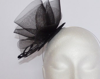 Black feather fascinator. Wedding fascinator. Handmade fascinator.