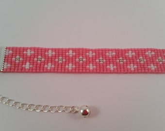 Loom beaded bracelet white / silver / pink with silver coloured extension cord