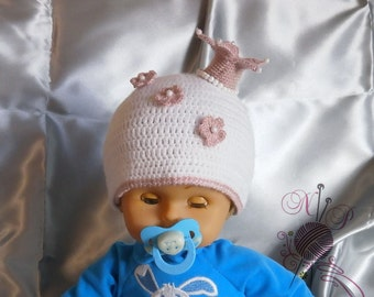 "Hat with a crown for the little ""princess"""