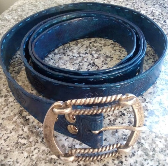 leather belt with stains sapphire blue by archdeansmagicshop