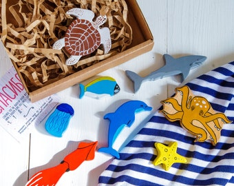 Wooden Sea animals set