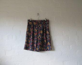 AMAZING floral shorts