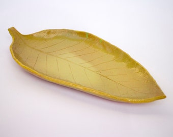 leaf dish, ceramic jewelry dish, ceramic leaf, ceramic dish, pottery fruit dish, anniversary gift, stoneware serving dish, olive dish