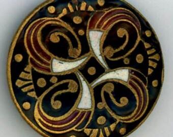 Vintage Enamel Button: Pinwheel