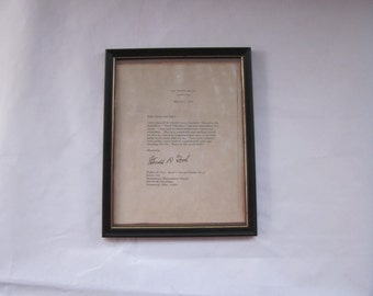 copy of signed Gerald Ford letter on White House stationary