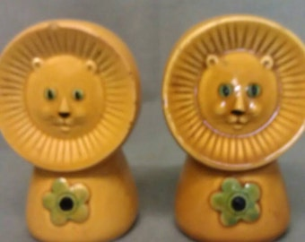 Vintage Lions Tan with Green Flowers Salt and Pepper Shaker Set