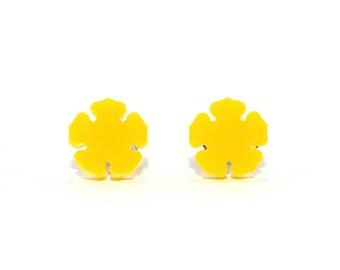 Yellow Tropical Flower Stud Earrings // Flower Earrings / Tropical Earrings / Flower Studs / Tropical Studs / Flower Jewelry / Yellow Studs