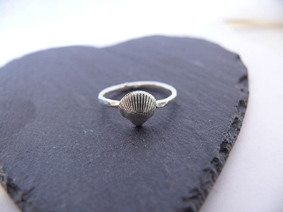 Silver Cockle Shell Ring - Handmade In Wales - UK M: US 6.5